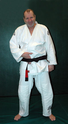 Ed_O''Neill_hand_belt